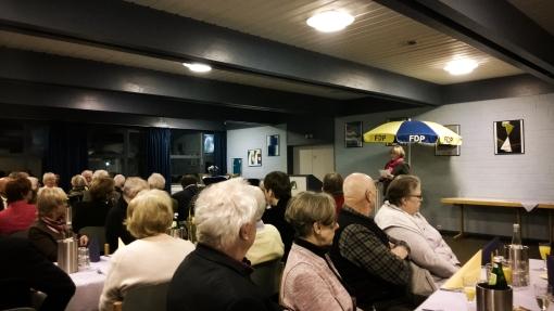 Gut 60 Personen waren der Einladung des OV ins Gemeindezentrum gefolgt